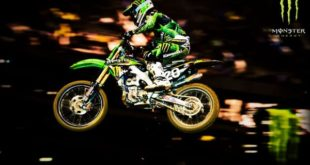 Download Monster Energy Supercross 3 PC Game
